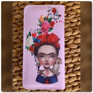 ♨️SALE Quirky Minky Frida Zip Wallet Purse